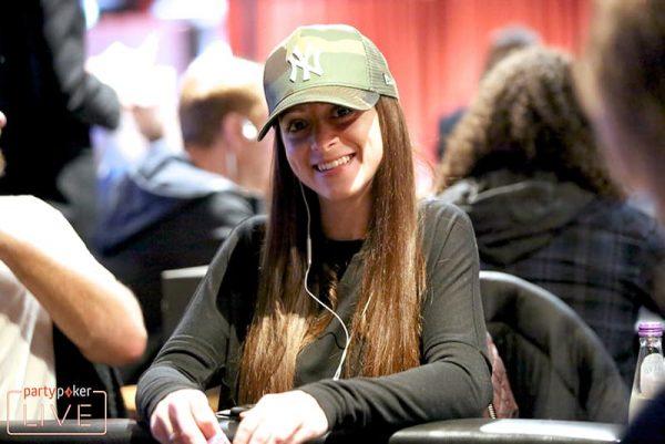Classificada por sat de $ 109, Charlotte Godwin conquista 'bronze' no SHR de $ 102 K e leva $ 620 mil